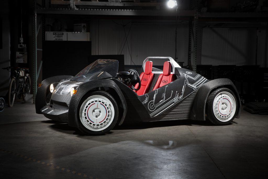 A 3D nyomtatással készült Strati autó.